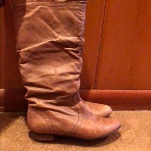 Steve Madden Shoes - Brown Steve Madden boots